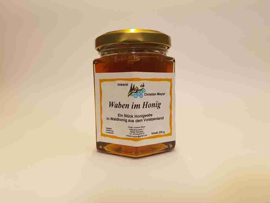 Waben im Honig
